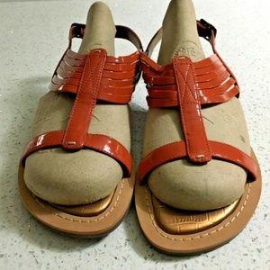 Indigo By Clarks Sandals 6 Shiny Orange Straps